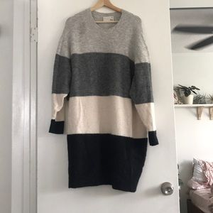 Aritzia Wilfred Brand Sweater Dress